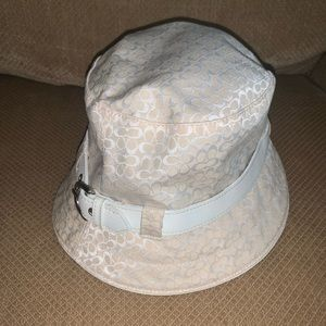 Cute white/cream Coach bucket hat